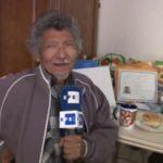 Sin saber leer, hombre de 75 años logra ciudadanía de EEUU a base de memoria