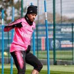 Neymar regresa a los entrenamientos, pero aún debe pasar test médicos