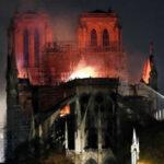 Francia: Gobierno espera que se hayan salvado estructuras de la catedral de Notre Dame (VIDEO)