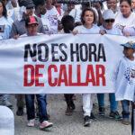 Condenan a 2 paramilitares por secuestro y violación de periodista colombiana