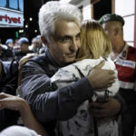 Turquía: Liberan a periodista de diario opositor tras reingresar en prisión