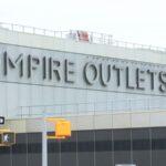 Abre el primer centro comercial de descuentos de Nueva York en Staten Island (video)
