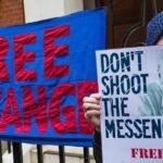 La Fiscalía sueca comunicará el lunes si reabre el caso contra Assange