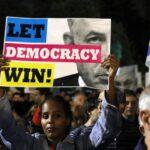 Miles de israelíes exigen en la calle a Netanyahu que respete la democracia