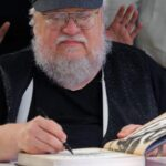 George R.R. Martin desmiente haber acabado libros finales de Game of Thrones (video)