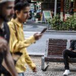 La increíble historia de Blaise: de refugiado de guerra a actor de telenovela (video)