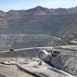 Gobierno de Perú mantiene plan de reactivar este año mina de cobre Tía María
