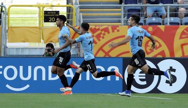 Debuta el bicampeón: Chile vs. Japón, hora, TV y formaciones