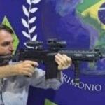 Brasil: 11 exministros de Justicia arremeten contra la política de seguridad de Jair Bolsonaro
