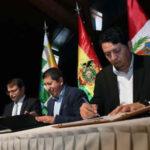 Bolivia firma tres acuerdos para vender su gas natural a Perú y Argentina