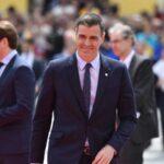 Sánchez se reúne con otros cinco líderes para abordar el reparto de cargos UE