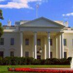 Presidenciables demócratas van a primer debate