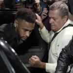 Justicia brasileña amplía investigación sobre supuesta violación de Neymar