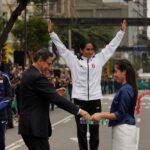 Vizcarra entregó medallas de oro a Tejeda y Pacheco (VIDEO)
