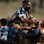 Gremio gana 2-1 a Palmeiras y clasifica a semifinales de la Copa Libertadores