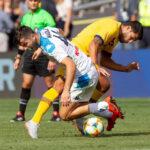 Barcelona en 2° partido amistoso en EEUU golea 4-0 al Nápolescon doblete de Suárez