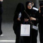 Arabia Saudí suprime restricciones a las mujeres para viajar al exterior