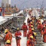 Autoridades y trabajadores de Construcción Civil acuerdan aumento de salario