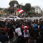 Varias ciudades del país se suman a marchas de apoyo a disolución del Congreso