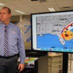 Dorian descarga viento y lluvia sobre el litoral de Florida (video)