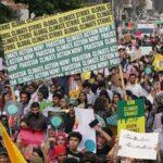 Miles de jóvenes se manifiestan en Nueva York contra el cambio climático