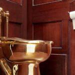 Roban inodoro de oro de la mansión inglesa donde nació Winston Churchill