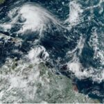 Se forma la tormenta tropical Lorenzo que promete ser un poderoso huracán