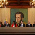 Venezuela: Gobierno de Maduro firma acuerdos con una facción opositora