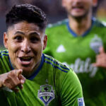 Con doblete de Raúl Ruidíaz Seattle Sounders clasifica a la final de la MLS