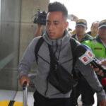 Christian Cueva llega a Lima en silencio y sin un pañuelo para enjugar sus lágrimas