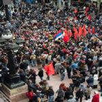 Uruguay: Miles despiden restos de militante del PCU hallados en batallón militar