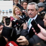 Argentina: Nuevos sondeos mantienen la ventaja de Fernández sobre Macri