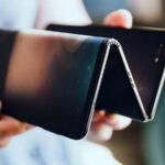 Presentan smartphone que se dobla en tres partes (Fotos y Video)