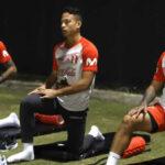 Selección peruana entrenó esta noche con Paolo Guerrero en Miami
