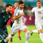 Lionel Messi salva a Argentina al anotar el empate ante Uruguay en los descuentos