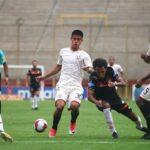 Universitario vence 3-2 a Ayacucho FC y toma la punta del Torneo Clausura