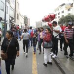 Restringen tránsito vehicular en Mesa Redonda y Mercado Central
