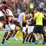 Flamengo vence 2-1 a River Plate en épica remontada y gana la Copa Libertadores