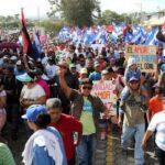 Sandinistas realizan caminatas en Nicaragua por la alegría de vivir en paz
