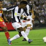 Alianza Lima vence 1-0 a Atlético Grau y logra su primer triunfo del campeonato