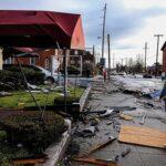 Al menos 9 muertos por el paso de varios tornados en EEUU (video)
