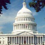 Encuestas perfilan triunfo demócrata en elecciones por el Congreso de EEUU