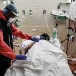 Francia supera los 17.000 muertos pero baja la presión en los hospitales