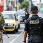 COVID-19: Autorizan bono para policías, militares y agentes INPE