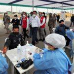 Ministro de Defensa supervisó toma de pruebas en Gran Mercado de Santa Anita