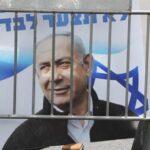 Israel: Netanyahu se sentará hoy en el banquillo por corrupción