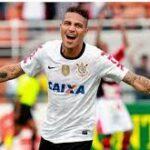 Paolo Guerrero en lista de lujo de los más destacados del fútbol brasileño