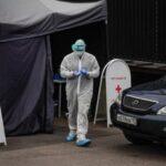Rusia registra casi 9.000 nuevos casos y récord de fallecidos en un día
