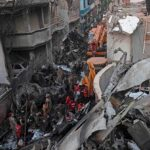 Pakistán: 97 Muertos y dos supervivientes en accidente de avión (video)
