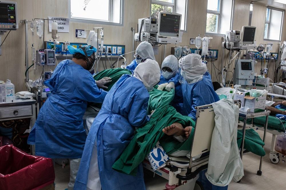 Contagios de coronavirus aumentan a 433 100 en el Perú